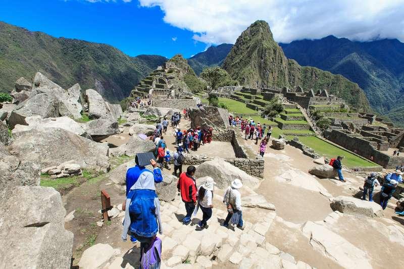 Machu Pichu Vistadome Tour