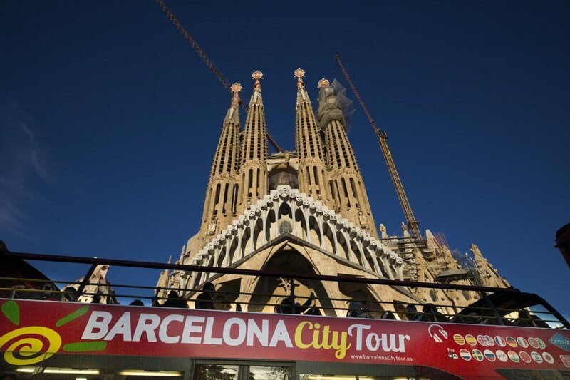 barcelona hop on off tour