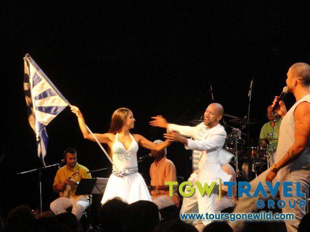 rio-carnival2012-13